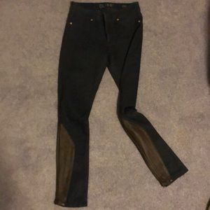 Jeans with leather sides